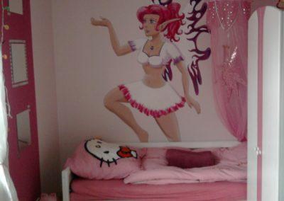 Girlie-Elfen-Wandmalerei